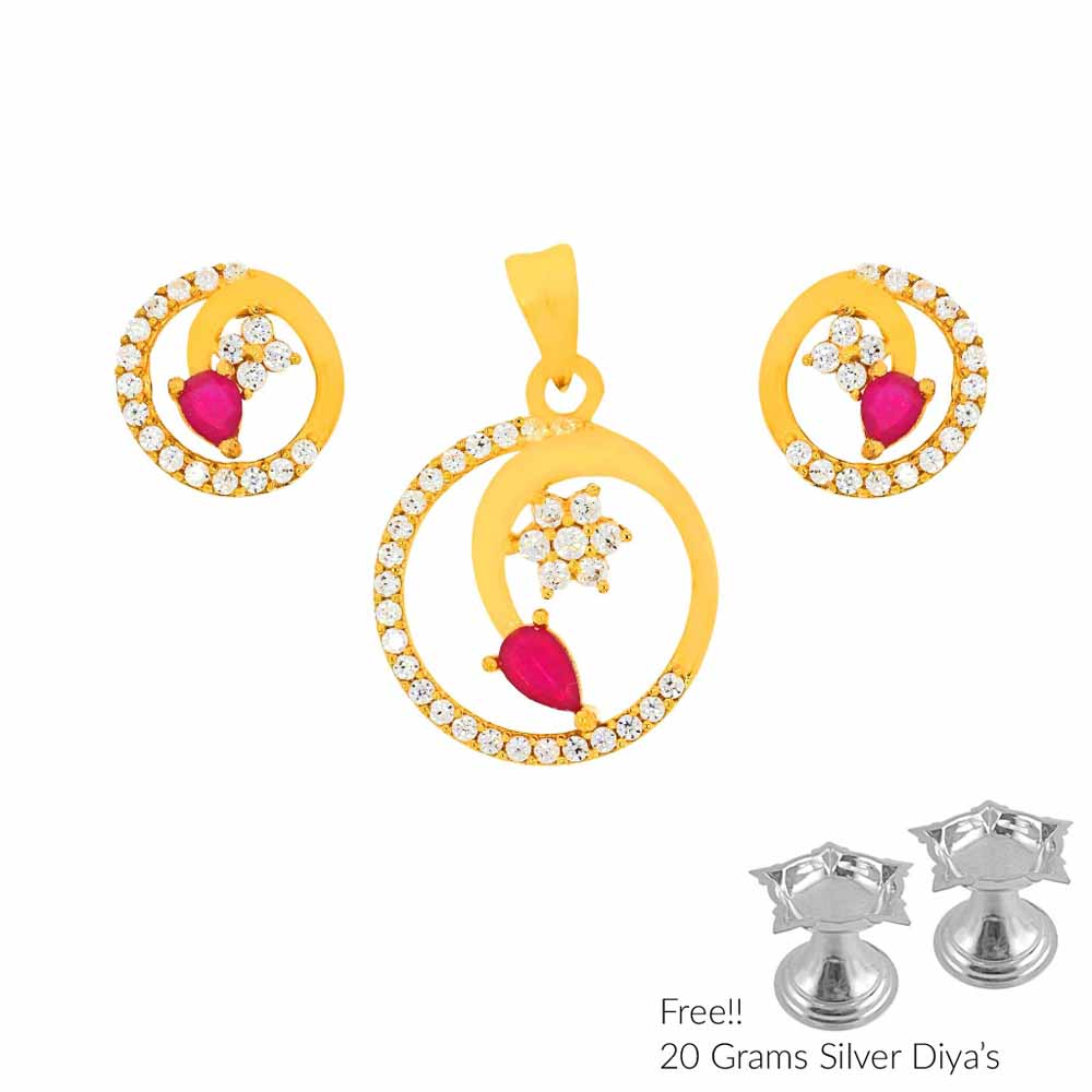 Queen 22Kt Gold Pendant Set