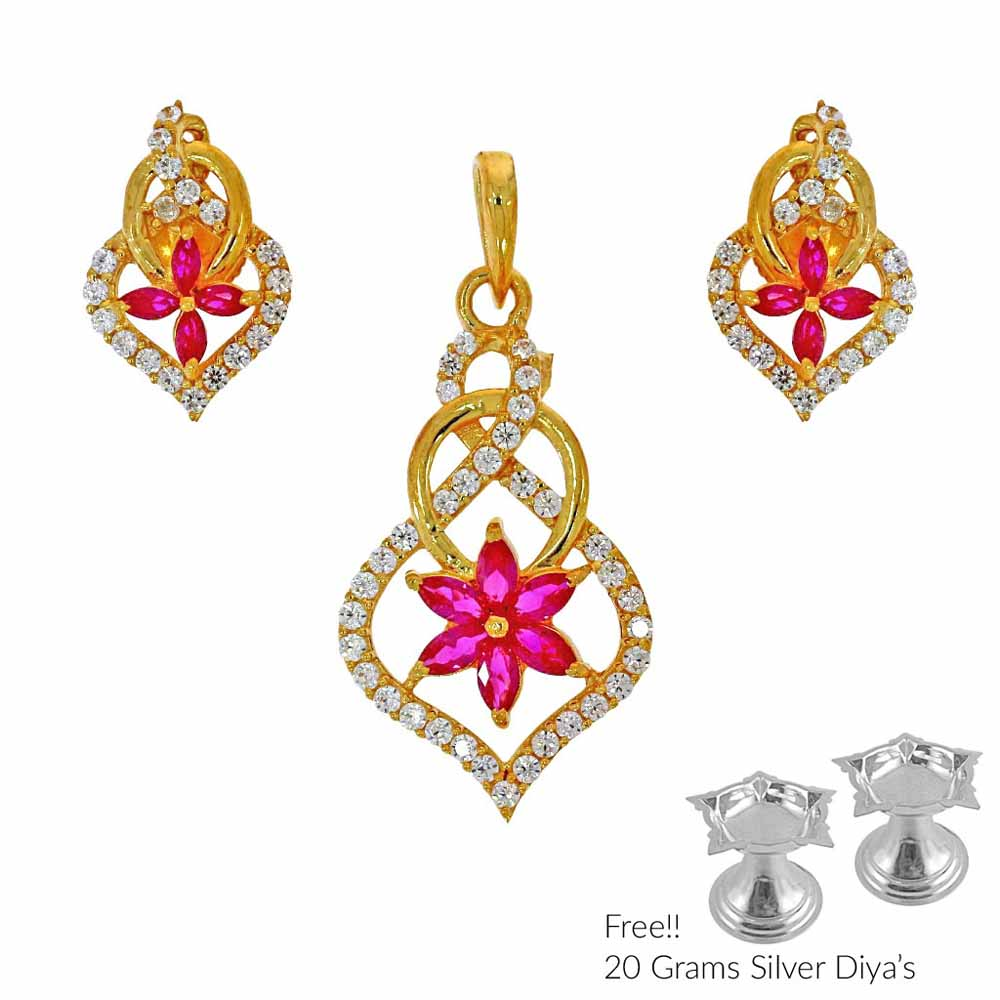 Unmitigated 22Kt Gold Pendant Set