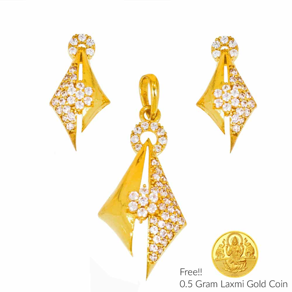 Gold Pendants-Ecstatic 22Kt (916) Gold Pendant Set