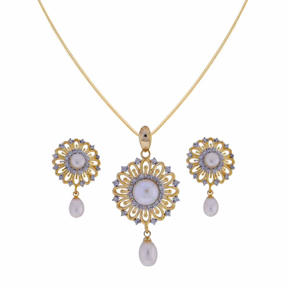 Surat Diamond-Graceful Pearl Drop Pendant Set