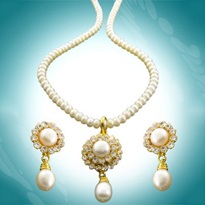 Royal Pearl Set