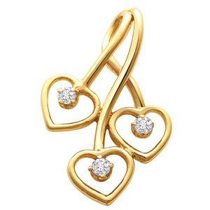 Elegant Heart Shape Diamond Pendant