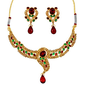 Red & Green Kundan Necklace Earrings Set
