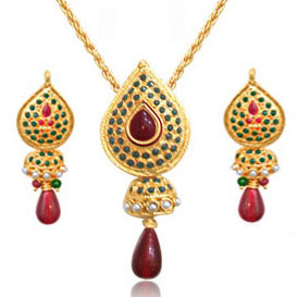 Gold Plated Pendant & Earrings Set