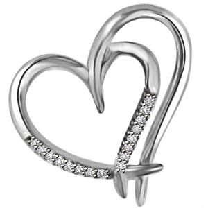 Diamond Pendants-Gold & Diamond Heart Pendant