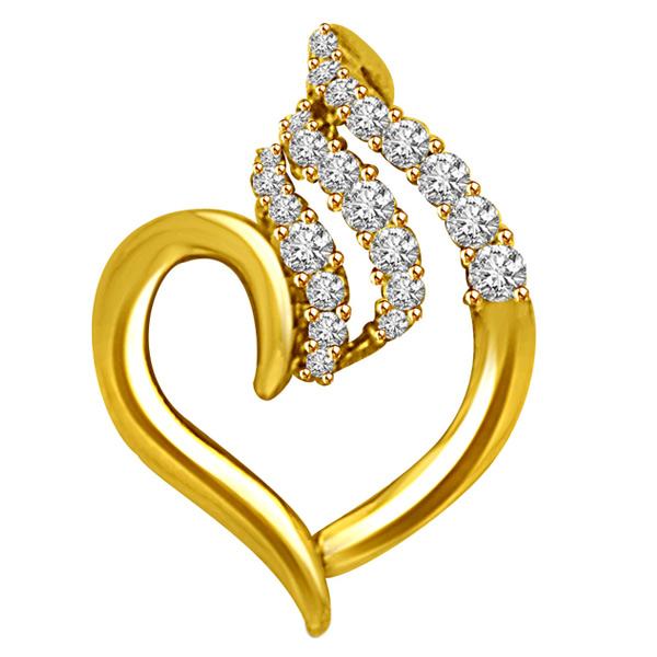 Elegant Diamond Gold Heart Pendant