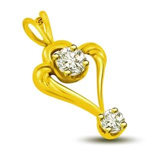 Diamond Pendants-Yellow Gold Diamond Heart Pendant