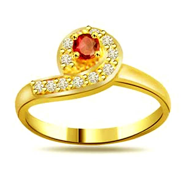 Trendy Diamond & Ruby Ring