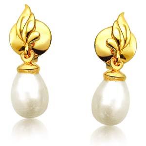 Pearl Earrings-Blazing Beauty Pearl Earrings