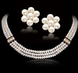 3 Line Button Pearl Necklace Set