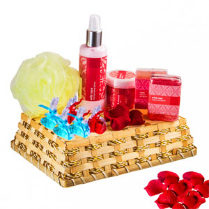 Relaxing Rosy Shower Hamper