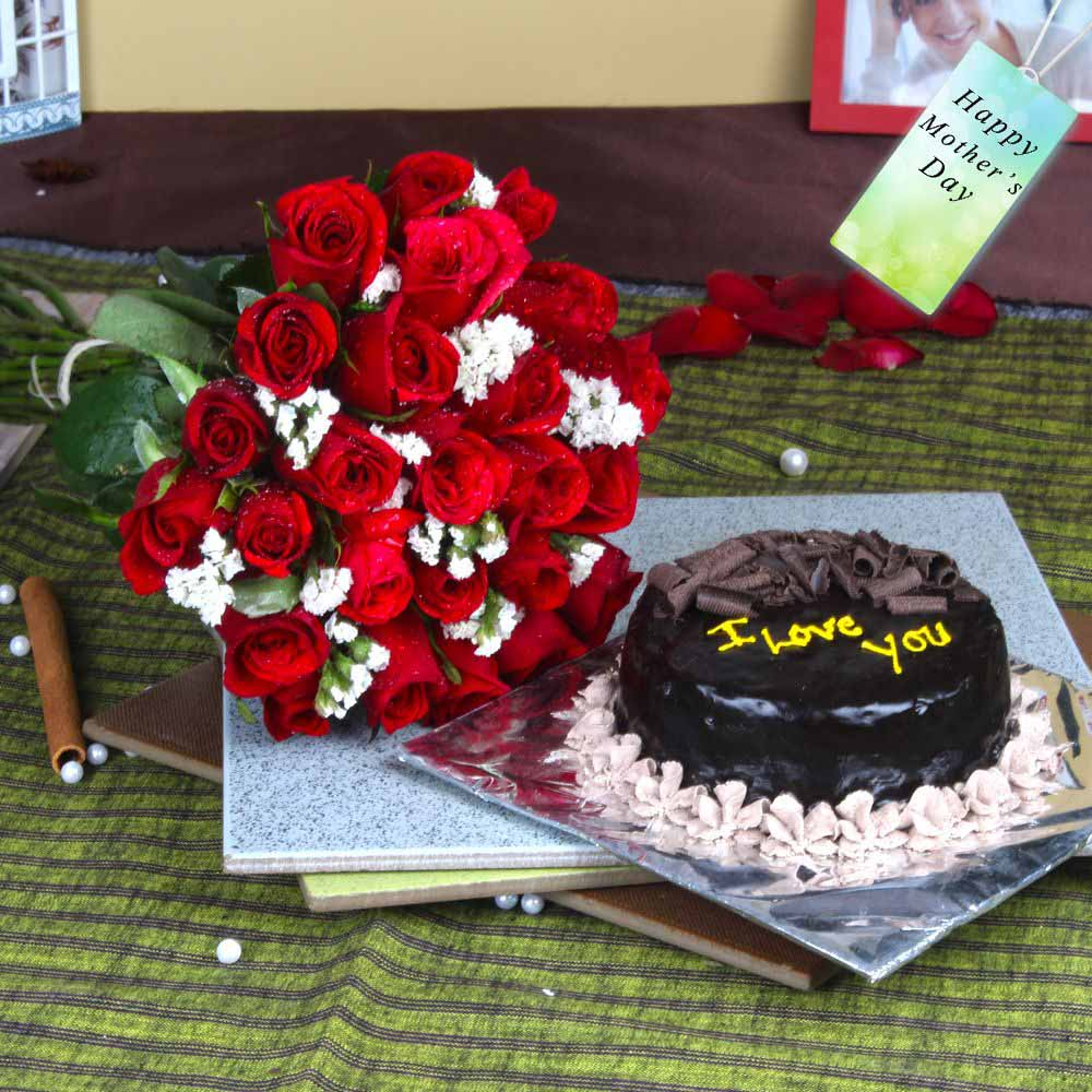 Twenty Five Red Roses Bouquet with Chocolate Cake