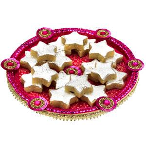 Gift Kaju ke Sitare on Rakhi