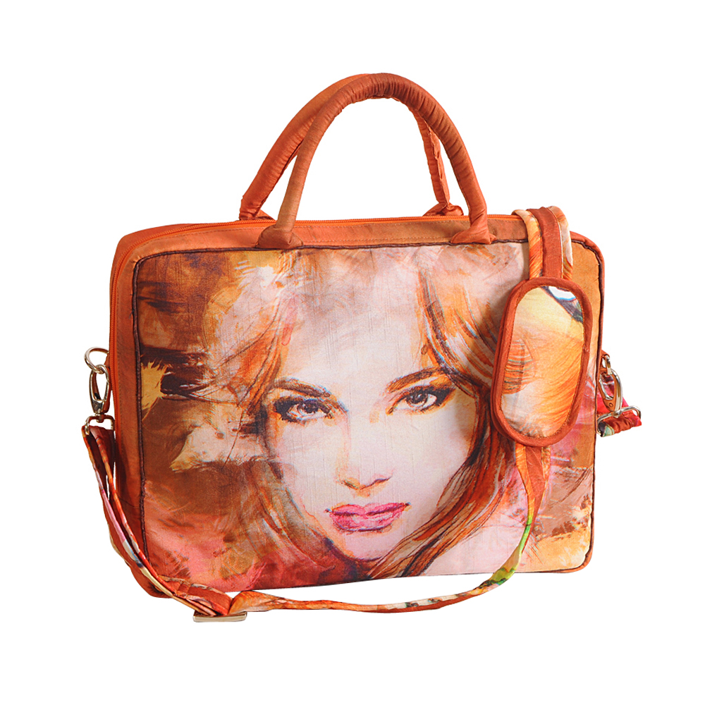 Pretty Lady Laptop Bag