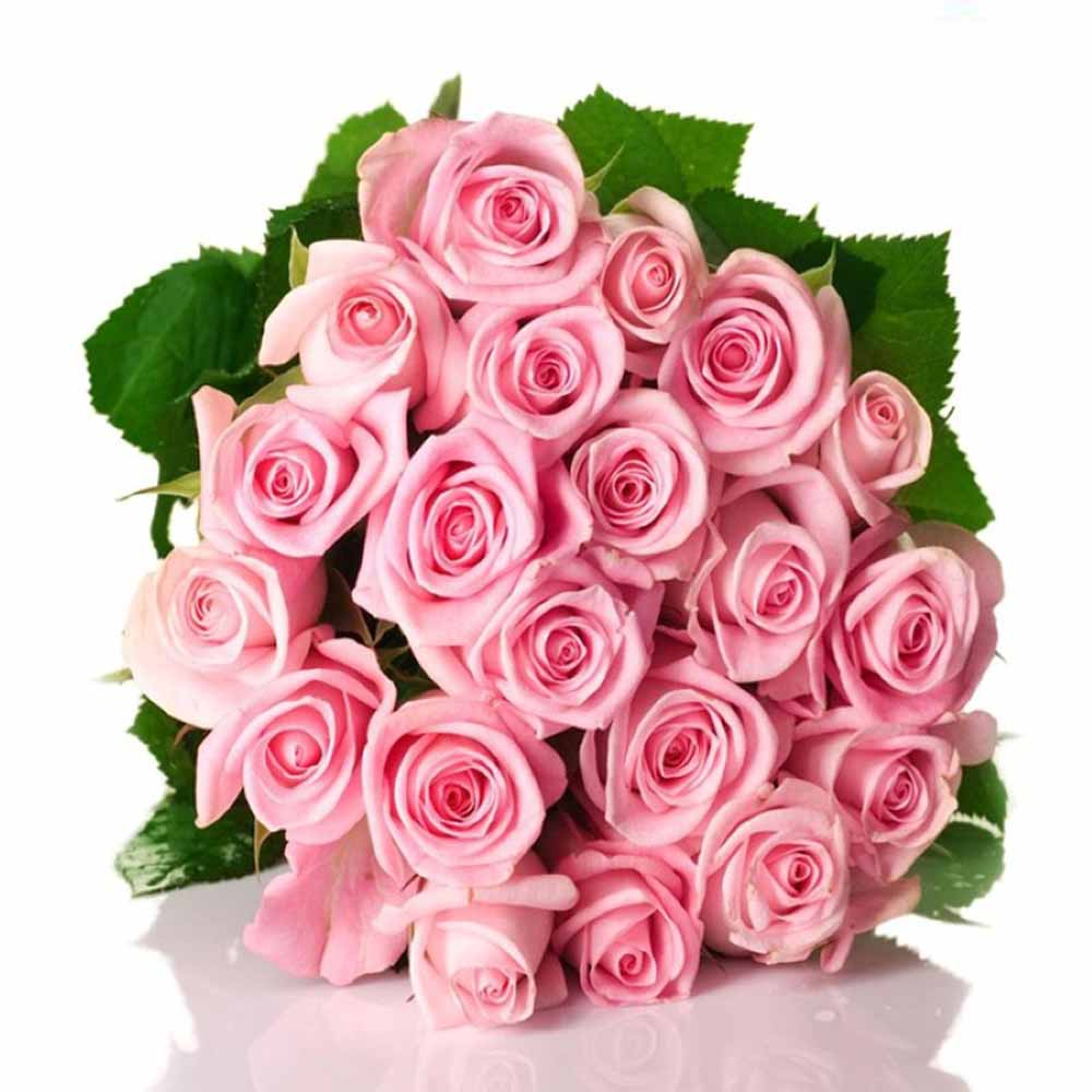 Love Special Bouquet of Cute Pink Roses