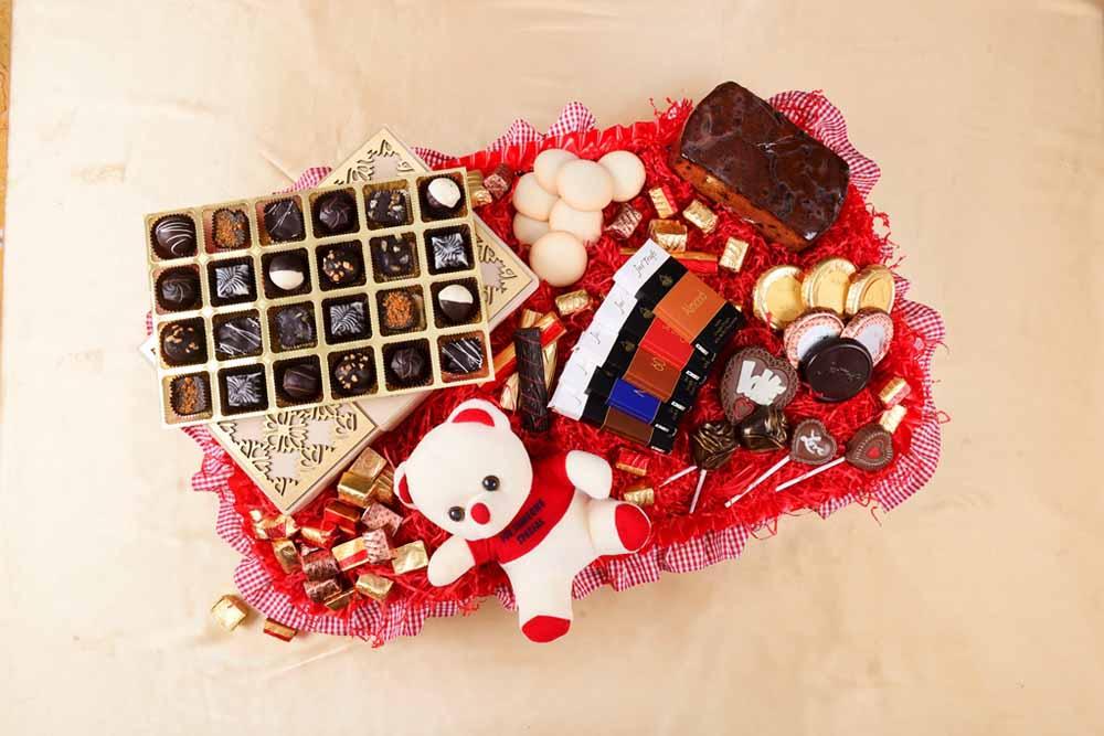 Greatest Romance Chocolate Hamper