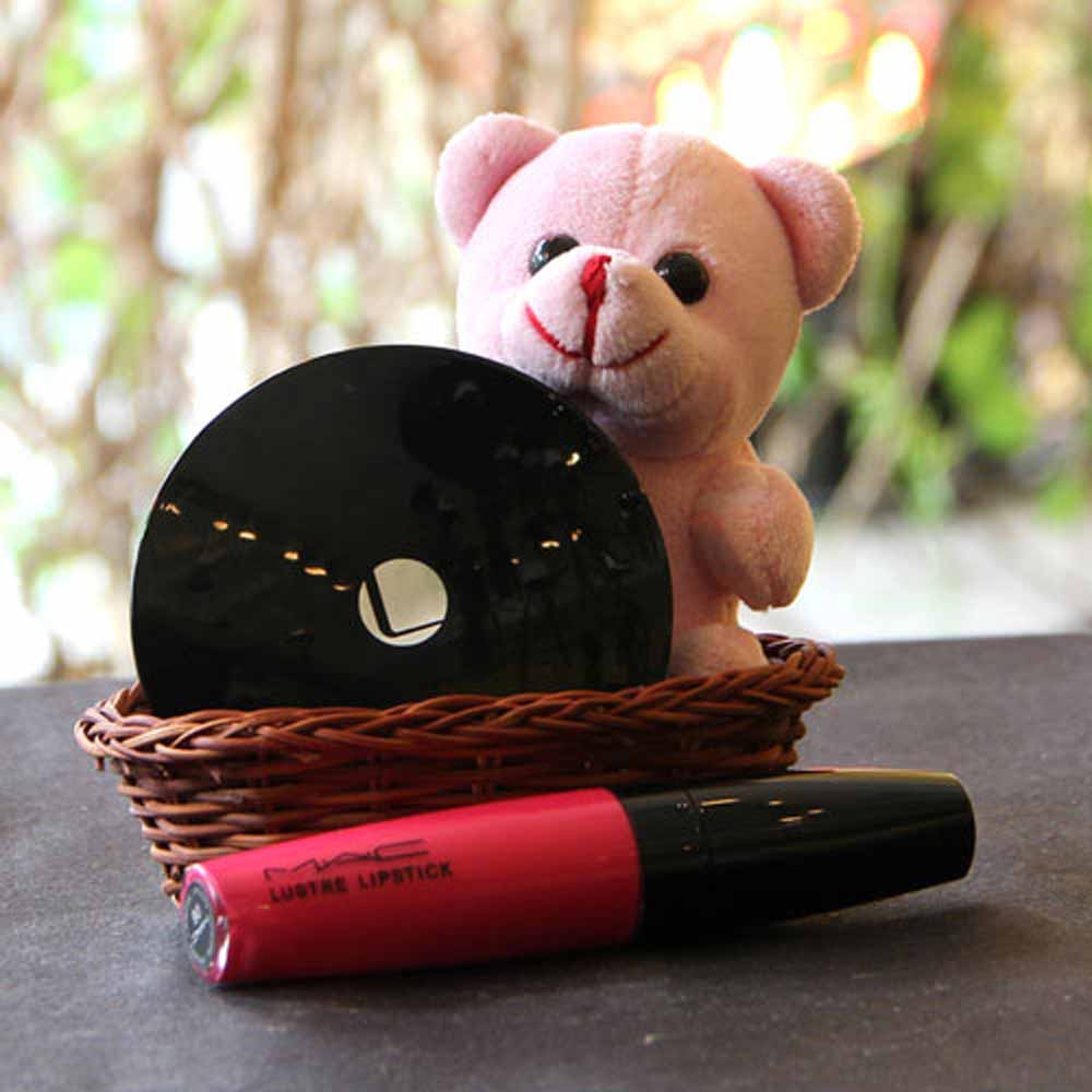 Cosmetics Basket with Teddy