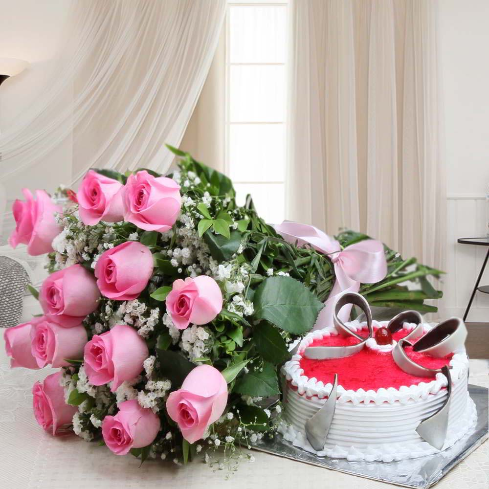 Flowers & Cakes-Pink Roses Bouquet with Strawberry Cake