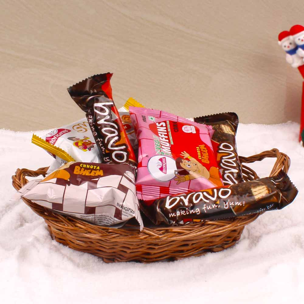 Delicious Christmas Cakes and Chocolates Hamper