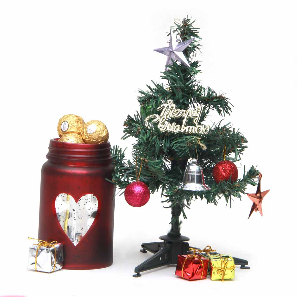 X-mas Tree with Ferrero Rocher Filled Mason Jar