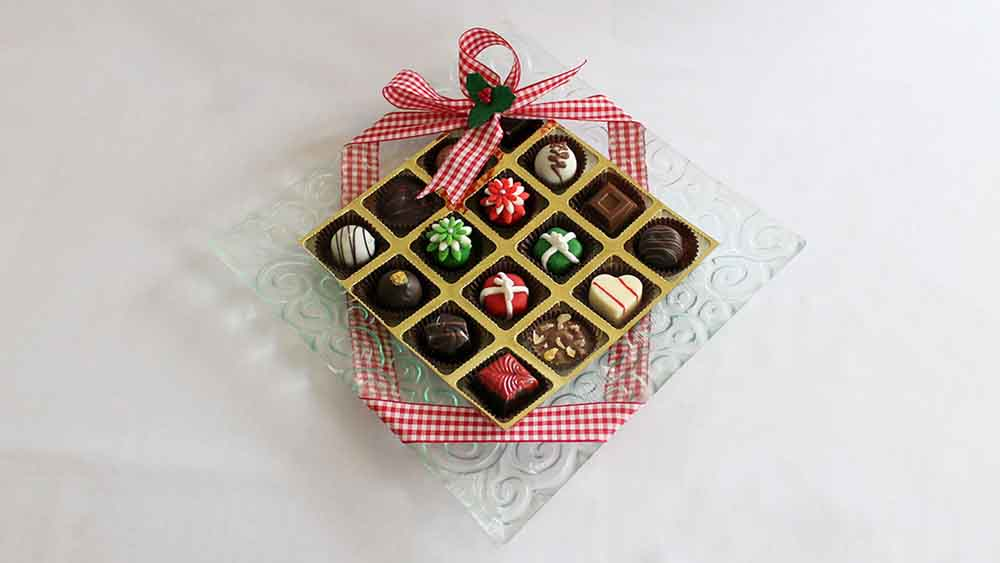 Designer Platter with Christmas Marzipan Joy