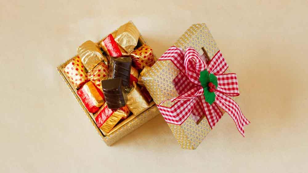 Designer Christmas Classic Chocolate Truffles